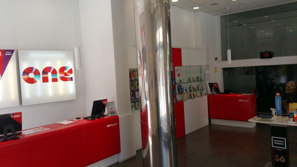 Tienda-Vodafone-Alicante-calle-Devesa