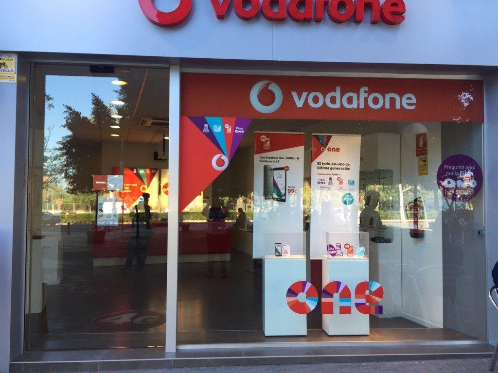 Vodafone en Alicante, Calle Azorín, 5 – Babel