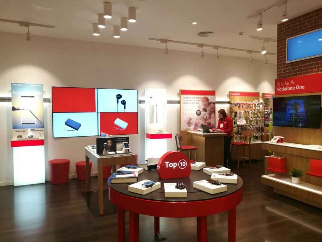 Tienda Vodafone en CC. Parque Almenara Lorca