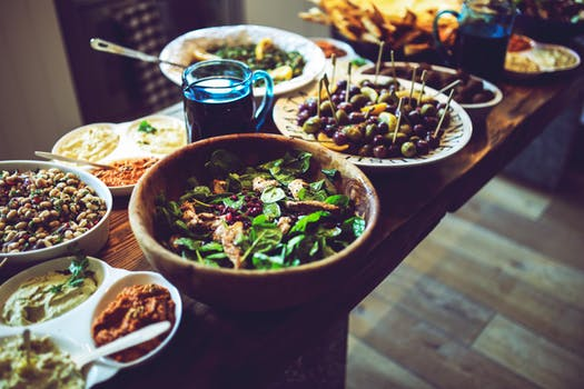 Temas tabú para disfrutar de una cena navideña pacífica
